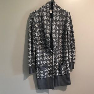 NWT LOFT Houndstooth Chunky Knit Long Cardigan